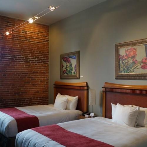 【Lancaster Arts Hotel】 ランカスターのダウンタウンにあるアートに囲まれたホテル