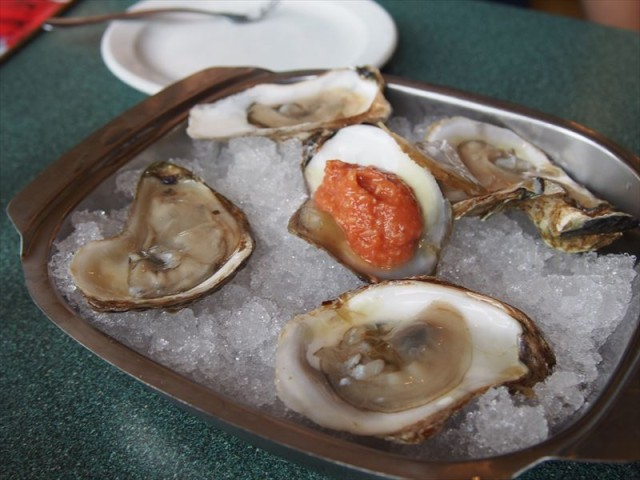 【Carr's Oyster Bar】 プリンスエドワード島の絶品オイスターをリーズナブルに!